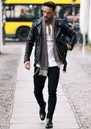 Uno de los estilos más de moda en los últimos tiempos es el estilo boho chic. Ideal para el verano y para el otoño. En nuestra web puedes encontrar más ideas sobre outfits.