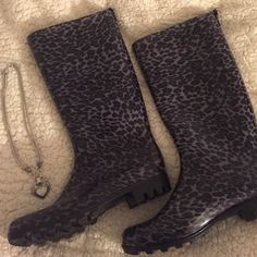 *RESERVED* Lia Sophia love dust necklace and cheetah rain boots size 10 Shoes Winter & Rain Boots