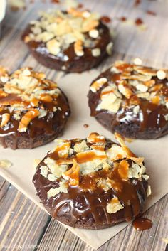 Young At Heart Mommy: Salted Caramel Potato Chip Donuts