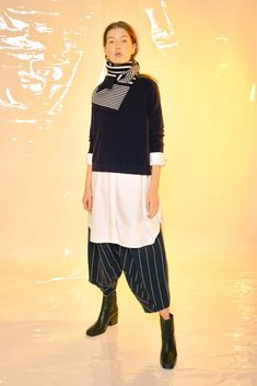 #Design #Alpha60 #Alpha60 Fashion Fashion Labels, Olympia, Fashion Boutique, Navy And White, Legs, Model, Cotton, Pants, How To Wear