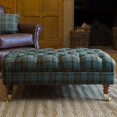 Oxford Tartan Oversized Ottoman - what I DON'T want: the stripes not matching up. Fabric Ottoman, Tufted Ottoman, Chair Fabric, Tartan Chair, Tartan Decor, Ottoman Inspiration, Furniture Inspiration, Footstool Coffee Table, Oversized Ottoman