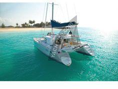 Lagoon 440 HOT WIND- B&B ed escursioni, Porto Cervo, Sardini, Italy. Have you ever imagined staying in a catamaran? Catamaran Design, Catamaran Charter, Sailing Catamaran, Sailing Trips, Seychelles, Sports Nautiques, Sailing Holidays, Sailing Adventures, Boat Rental