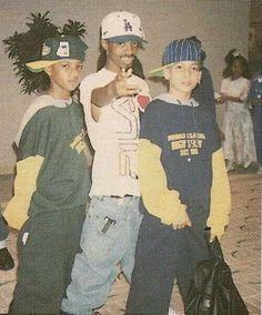 Jermaine Dupri & Kris Kross Aaahhhh look at Kris Kross! So young! 90s Hip Hop, Hip Hop And R&b, Hip Hop Rap, Hip Hop Fashion, 90s Fashion, Kris Kross, Jermaine Dupri, Ropa Hip Hop, Hip Hop Classics