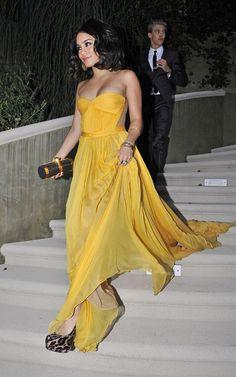 vanessa hudgens yellow dress (when she's not engaging in cultural appropriation)