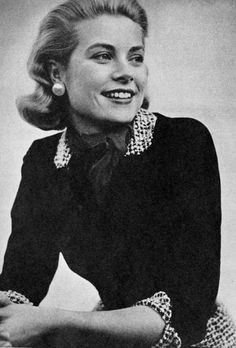 """""""Grace Kelly, (Photoplay - March """" Maximum look here. Monaco, Old Hollywood Stars, Classic Hollywood, Hollywood Glamour, Hollywood Actresses, Princesa Grace Kelly, Grace Kelly Style, Female Stars, Old Actress"""