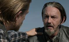 Looking through screen-grabs from Sons of Anarchy's series finale to update our gallery of the series' 50 most shocking moments, certain shots got us misty on sight. If you're a fan, can you make it through these pics without welling up? Go ahead. Try.