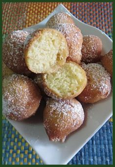 castagnole ricotta limoncello ! #ricetta #castagnole #ricotta #limoncello #carnevale #ricettegustose #ricettedolci #ricettefacili Latest Recipe, Food Illustrations, Quick Easy Meals, Cake Cookies, I Foods, Finger Foods, Italian Recipes, Food And Drink, Limoncello