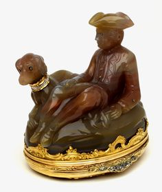 Base of a snuffbox and scent bottle in the shape of a huntsman and his dog, about 1760, probably London, museum no. Loan:Gilbert.386-2008   The Rosalinde and Arthur Gilbert Collection on loan to the Victoria and Albert Museum, London