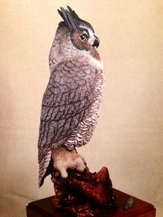 Great Horned Owl carving - Artwork by Mike Lofland.