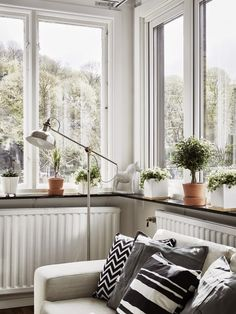 Fichajes Deco para una combinación perfecta de blanco, negro y madera