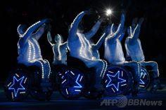 フィシュト五輪スタジアム(Fisht Olympic Stadium)で行われたソチ冬季パラリンピック閉会式の様子(2014年3月16日撮影)。(c)AFP/KIRILL KUDRYAVTSEV ▼17Mar2014AFP ソチ冬季パラリンピックが閉幕 http://www.afpbb.com/articles/-/3010425 #Sochi2014 #Paralympic