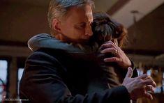Rumbelle hug season 6b!