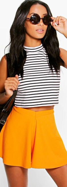 Rebecca Flippy Crepe Shorts - Shorts  - Street Style, Fashion Looks And Outfit Ideas For Spring And Summer 2017