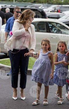 Mirka and twins... Awww