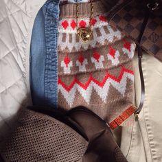 Instagram @headedoutthedoor #ootd || @oldnavy sweater and vest | @jcrew factory chambray | @hm denim | @targetstyle booties | @louisvuitton bag | @trinaturk bracelet | @cwonderstore necklace