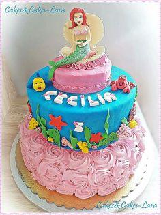 Ariel Cake - Torta di Ariel realizzata interamente a mano con Pasta di Zucchero + piano vero decorato con Panna Montata - Cakes&Cakes-Lara