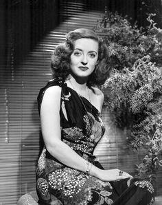 Bette Davis 1940's photo by Bert Six