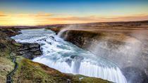 L'Islande, pour les amoureux des journées sans nuits en été et de paysages naturels 🌋 spectaculaires et 🌳contrastés.   #islande #europe #paysage  #bucketlist #wanderlust #worldtraveller#tripadvisor #voyage #viator #voyageexpert #instatravel #instagramhub #picoftheday #photooftheday #travelphotography #instatraveling #wonderful_places #beautifuldestinations #instalike #travelpics #earthpix #exploremore #artist #ig_captures #vacances #travel #trip #worldcaptures #tourisme