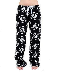 Skull pyjama pants-I want these! Skull Fashion, Gothic Fashion, Look Fashion, Lolita Fashion, Fashion Women, Unique Funny Gifts, Mode Geek, Totenkopf Tattoos, Grunge Style