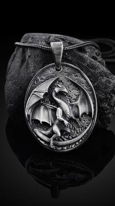 Dark WolfMens Wolve/'s Head Necklace GENUINE Alchemy Gothic Pendant