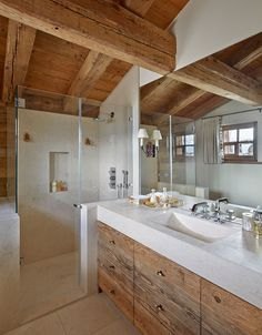 Unusual design ideas for a country house bathroom - Natural stone washbasin and shower cabin with glass pane in country bathroom - Chalet Design, Chalet Style, Chalet Chic, Cabin Design, Cabin Bathrooms, Rustic Bathrooms, Chalet Interior, Swiss Chalet, Shower Cabin