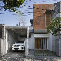 No automatic alt text available. Modern Minimalist House, Minimalist Architecture, Space Architecture, Modern Tropical House, Tropical Houses, Facade Design, Exterior Design, House Design, Exotic Homes