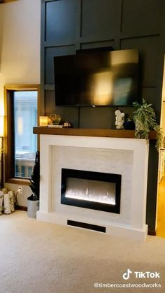 Fireplace Accent Walls, Fireplace Feature Wall, Fireplace Tv Wall, Build A Fireplace, Accent Walls In Living Room, Fireplace Built Ins, Bedroom Fireplace, Fireplace Remodel, Fireplace Mantle