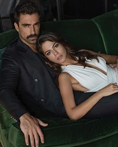 Evim (2019-) Turkish Women Beautiful, Turkish Men, Turkish Actors, Beautiful Men, Couple Photoshoot Poses, Couple Photography Poses, Elegantes Outfit Frau, Couples Modeling, Tv Show Couples