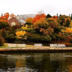 Despite gray skies, Camden, Maine, is looking gorgeous for this week's shoots!  Photo: @ksears