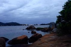 Sexta-feira terá aberturas de sol e chuva isolada no fim da tarde em Sata Catarina +http://brml.co/1BCVcTg