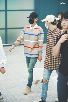 Baekhyun - 160915 Incheon Airport, arrival from Hiroshima Credit: ChubbyBunnies…