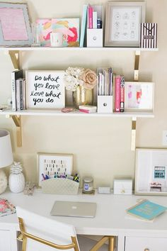 Home Office Decor, Home Office Inspiration, Decor Ideas, Decor Inspiration, Home Office Ideas Preppy Dorm Room, Preppy Desk, Preppy Bedroom, Decoration Bedroom, Desk Space, Study Space, Desk Areas, Study Areas, Home And Deco