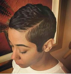 In case you're searching for a hairstyle that is both striking and easy, short pixie styles are the way to go. Here are our favorite short pixie styles! Short Pixie Haircuts, Short Black Hairstyles, Pixie Hairstyles, Black Pixie Haircut, Black Hair Pixie Cut, Dreadlock Hairstyles, Trendy Hairstyles, Wedding Hairstyles, Short Sassy Hair