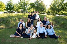 What to wear for your Family Photos and other portrait sessions: Choosing the right colors, style, and what to avoid to make sure your family photos or other photographic portrait sessions look the best they can possibly look by award winning photographers.