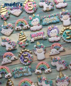 Madri Mahtani On Instagram So Many Unicorns Madriscookiekitchen Decoratedcookies Grandrapidsmi Grandrapids Unicorn Rainbow