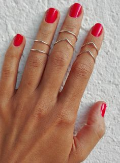 ◆4 Basic Band Rings, 3 chevron rings   ◆Dimensions: 15mm diameter(ADJUSTABLE)  ◆Material: HIGH quality SILVER PLATED wire(NON TARNISH) (18 G)