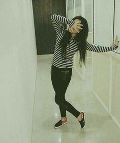 Maheen khan ❤ Cute Girl Poses, Cute Girl Photo, Girl Photo Poses, Girl Photos, Stylish Girls Photos, Stylish Girl Pic, Crazy Girls, Cute Girls, Girly Dp