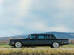 В 1983 после «косметической пластики» в серию пошел лимузин ЗиЛ-41045.