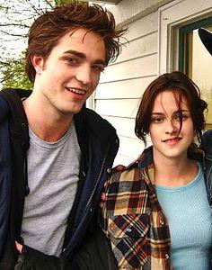 Robert and Kristen on Twilight set