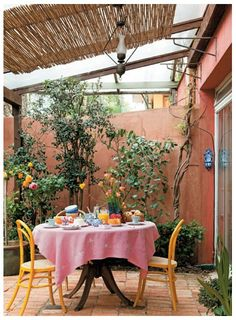 The wooden pergola is a good solution to add beauty to your garden. If you are not ready to spend thousands of dollars for building a cozy pergola then you may devise new strategies of trying out something different so that you can re Pergola Patio, Diy Patio, Backyard Patio, Pergola Kits, Patio Decks, Pergola Ideas, Outdoor Rooms, Outdoor Living, Outdoor Decor