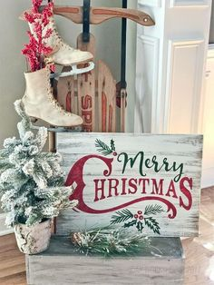 Plank wood signs and diy wood projects – ar workshop diy christmas, christmas design, Christmas Signs Wood, Christmas Porch, Noel Christmas, Country Christmas, Christmas Projects, Holiday Crafts, Vintage Christmas, Christmas Design, Holiday Signs