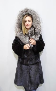 Real fur coatHooded coatLarge hoodBig fox by FilimegasFurs on Etsy Mink Jacket, Mink Fur, Hoods, Fur Coat, Fox, Sleeves, Model, Jackets, Black