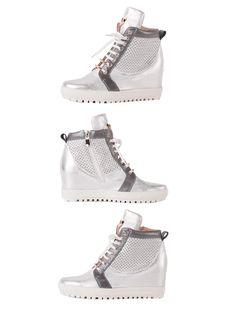 Wygodne, skórzane i modne w tym sezonie sneakersy w kolorze szarej perły.  Cena/price: 376.00 PLN  #eksbut #eksbutystyle #moda #fashion #trendy #shoes #buty #kobieta