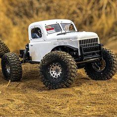 Rc Cars And Trucks, Custom Trucks, Cool Trucks, Cool Cars, Remote Control Cars, Radio Control, Monster Car, Monster Trucks, Rc Rock Crawler