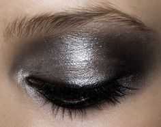 Make-up at Valentino Haute Couture Spring 2009 柔