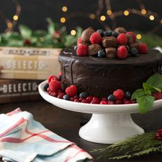 This add some holiday flair to your baking with our premium Dark and Milk chocolates! Christmas Desserts, Christmas Eve, Chocolate Heaven, Chocolate Desserts, Nye, Chocolates, Gifts For Him, Holiday Gifts, Drinking