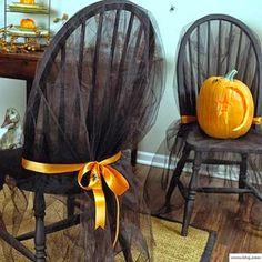Cadeiras decoradas