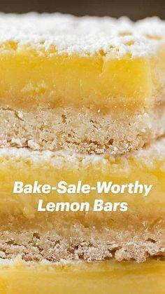 Recipe For Lemon Bars, Lemon Bar Recipes, The Best Dessert Recipes, Easy Lemon Bars, Bar Cookie Recipes, Healthy Lemon Desserts, Lemon Cake Bars, Lemon Bars Healthy, Lemon Squares Recipe