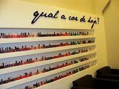 esmalterias - Pesquisa Google Barber Shave, Nail Polish Holder, Nail Salon Decor, G Nails, Nail Room, Nail Designer, Beauty Lounge, Lovely Shop, Nail Studio