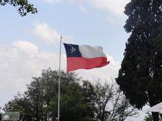 (Para ler o texto em português, clique AQUI.)  En 2012 y 2013 tuve la oportunidad de viajar a Santiago, Chile, por motivo de trabajo. A pesar de tener poco tiempo disponible para aprovechar e…